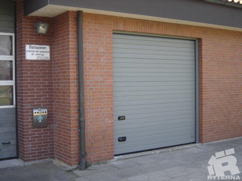 купить ворота в гараж б у в лозовой